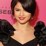 """El primer sencillo de Selena Gomez """"Who Says"""" está de aniversario"""