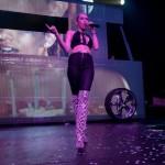 Miley-Cyrus-en-concierto-con-Borgore-06